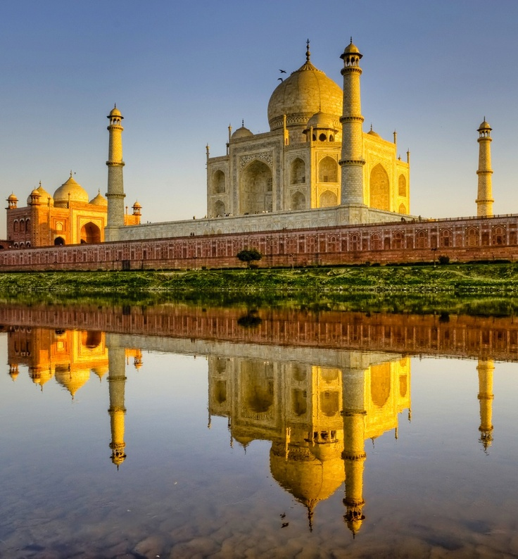 taj and oberoi history The closest, most lavish vantage over the indian city of agra's key attraction is to be had from guestrooms at oberoi amarvilas, all of which offer uninterrupted views.