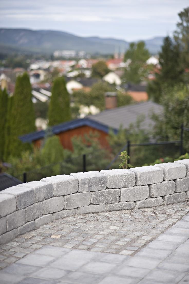 Rådhus Støttemur i fargen gråmix