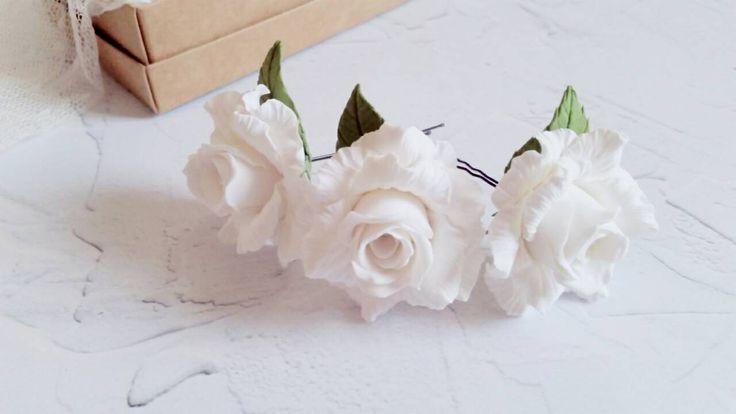 Forcine, Forcine bianche, Accessorio per capelli, Accessorio sposa, Forcine con rose, Rose bianche, Forcine per la sposa, Accessori original di FioridiKristine su Etsy