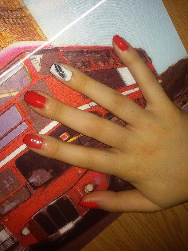 Coral #nailart #nails