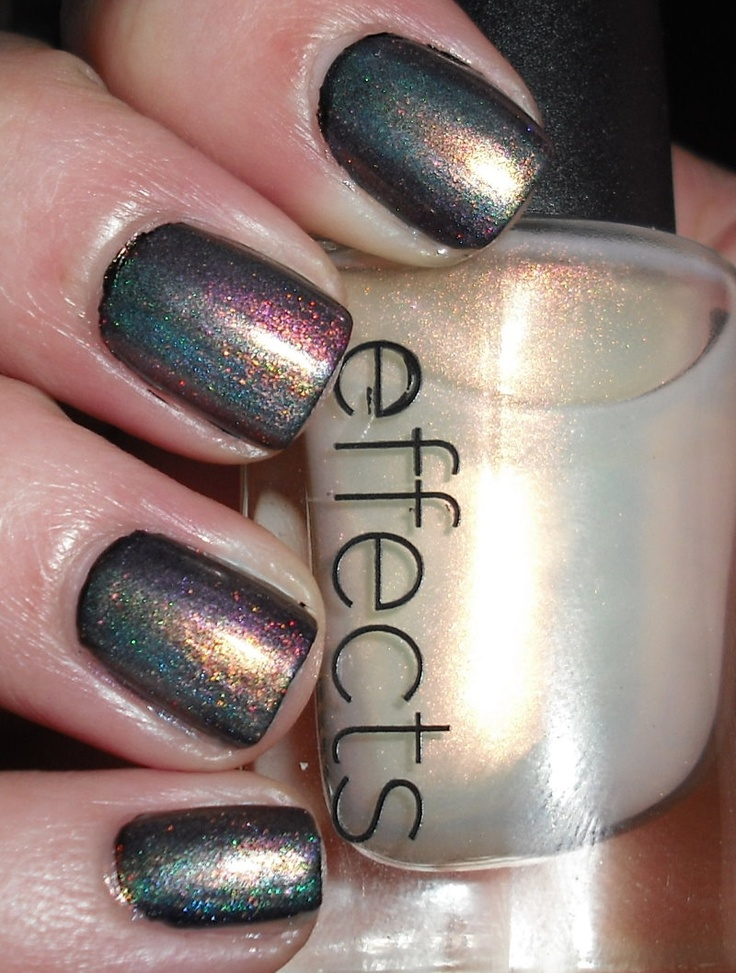 Imperfectly Painted: CND Effects Mood Ring Manicure    wahhh??!! mood ring nail polish?!