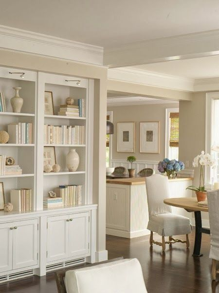 """White porcelain is a timeless classic, and not only for the kitchen. White pottery """"creates stunning uniformity in bookshelves and on coffee tables."""""""