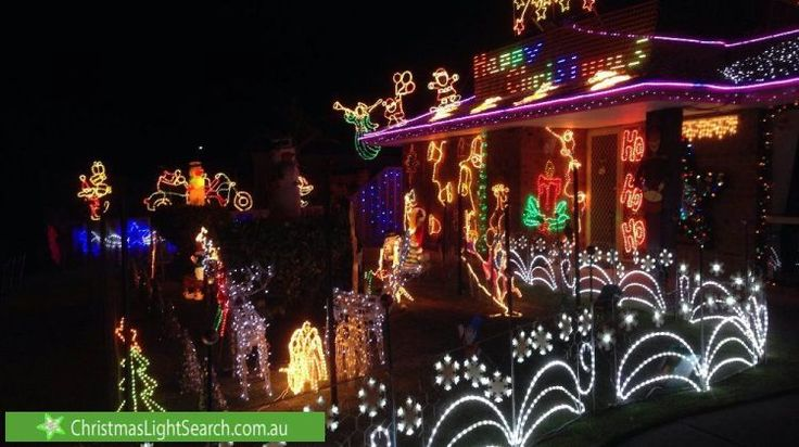 Christmas Lights at 102 Riverside Lane, Seville Grove http://xmaslights.co/sevilleg
