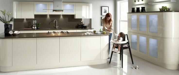 Knox Kitchen Range from the Modern Kitchens Collection | Wren Kitchens