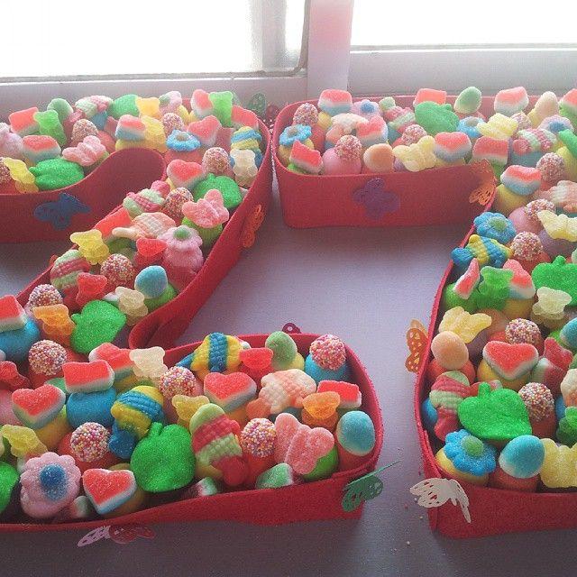 #tarta de chuches #cumpleaños#compañeras#amigas #fiesta#sorpresa