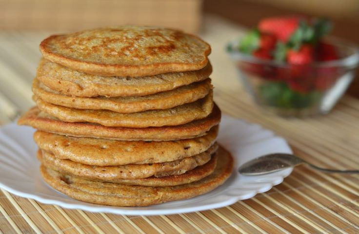 100 Calorie Cinnamon Pancakes! Recipe via @SparkPeople