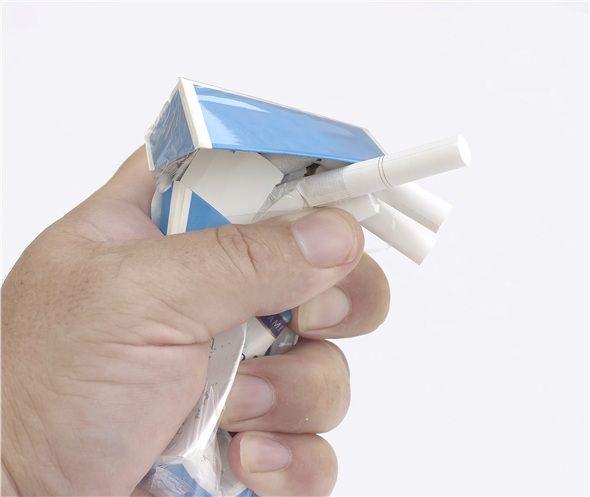 Hala sigara kullanıyorsanız derhal terk etmek.