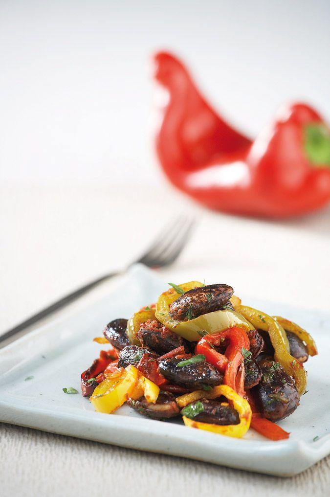 Φασόλια μαύρα Πρεσπών με πιπεριές στο φούρνο