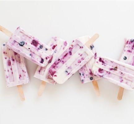 Connection+Recipe:+DIY+Berry+++Honey+Yogurt+Popsicle