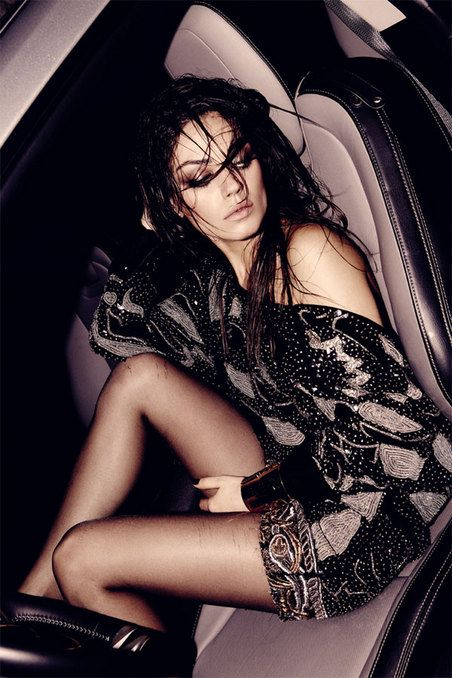 Mila kunis naked with legs in the air — photo 6