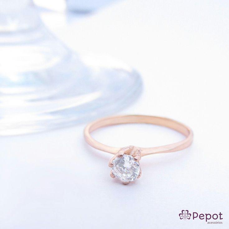 Anel solitário com pedra de zircônia em nosso site http://pepot.com.br ❤ Ganhe pontos Pepots e até 40% de desconto visite nosso site e saiba mais :)  #anel #aneis #ring #moda #fashion #love #luxo #blogger #rings #ootdshare #ootd