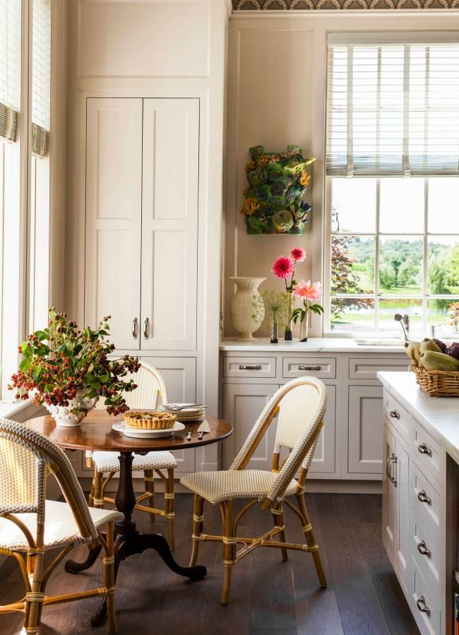 I don't know if you ever found a photo of long cabinet doors but here's how they look. Which is really good
