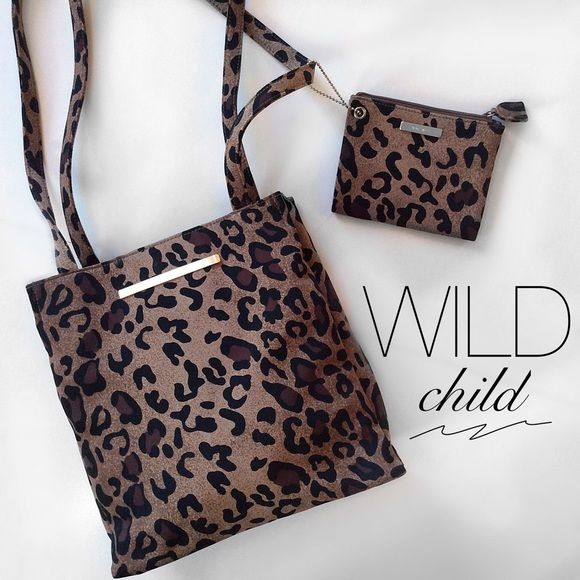 Animal Print Shoulder Bag & Coin/ID Holder Clean and nearly new! Nine West Bags Shoulder Bags