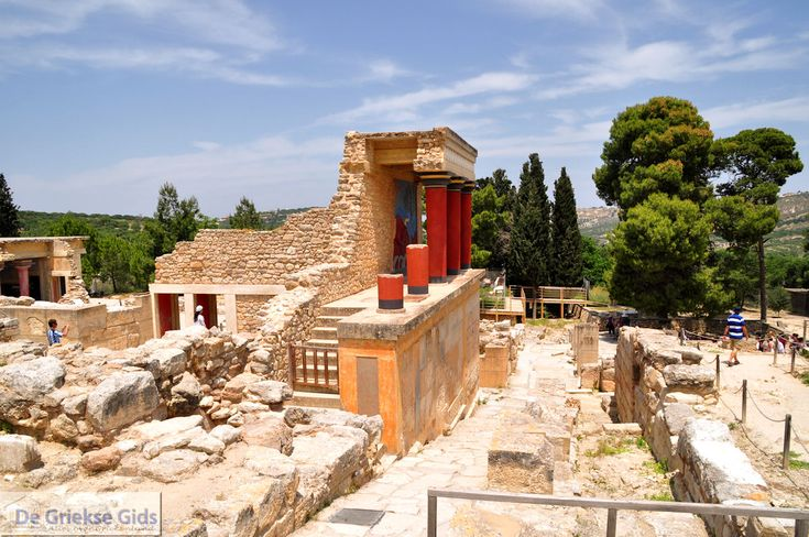 Palace of Knossos, Crete..with a labyrinth