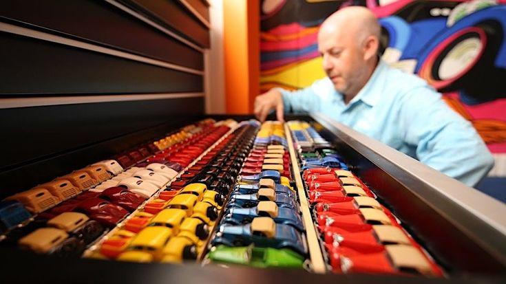 Die kostbarste Hot-Wheels-Sammlung der Welt  Eine Sammelleidenschaft kann Reichtum vermehren oder vermindern. Doch das Sammlerherz entscheidet am Anfang einer Kollektion selten danach, was von ...