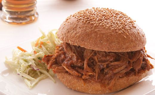 Pulled Pork Sandwiches. Great way to use up leftovers! #lunch
