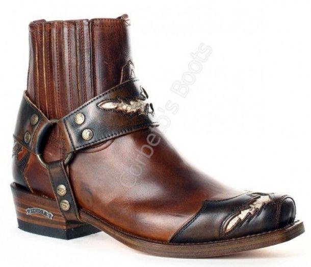 10543 Seta Natur Antic Jacinto-Evolution Tang   Botin Sendra Boots estilo motorista de punta cuadrada para hombre hecho en cuero marrón con detalles en piel de serpiente y arnés decorativo de quita y pon a la venta en Corbeto's Boots.
