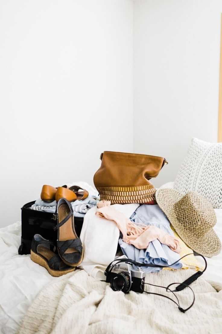Packing for the 4th of July long weekend is easy with the Maya hobo handbag. (It carries everything and anything). via @abalancingpeach