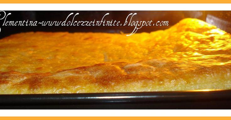Ingredienti:  1 kg. di farina 00, 400 gr. di patate, un pezzo di lievito di birra da 25 gr.,  olio extravergine di oliva 1 cucchia...