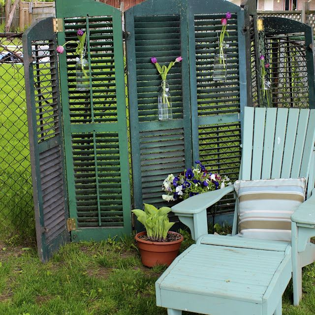 Privacy screen made from old shutters this is what i want for Privacy shutters for deck