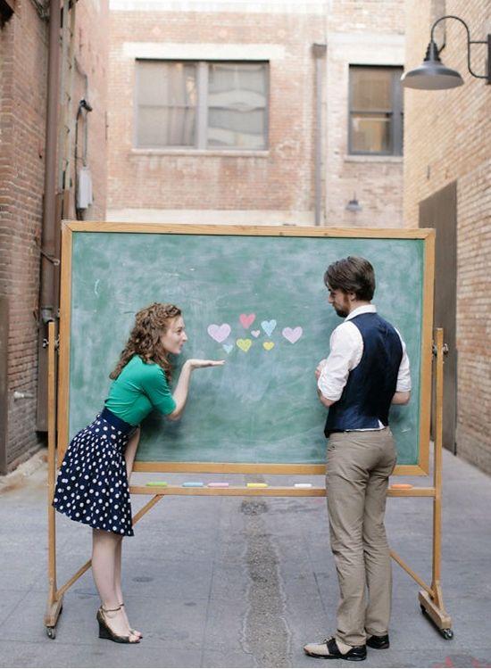 25 Creative and Unique Engagement Photo Ideas from Pinterest – ᴘʜoтoɢʀαᴘʜʏ
