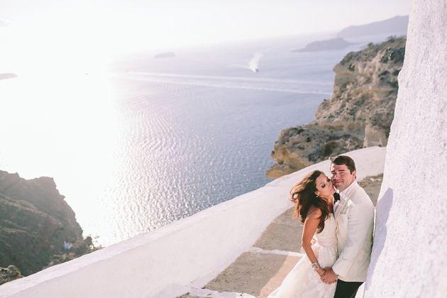 Classic cliff-edge Santorini! Images by George Pahountis.