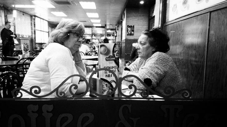 """Proyecto365 DÍA 67: """"Día de la mujer"""" -""""Define el éxito con tus propios términos, consíguelo con tus propias reglas, y construye una vida de la que estés orgullosa""""- (Anne Sweeney / Presidenta de Walt Disney). #lauramardi_photography, #lauramardi_cinema, #diadelamujer, #fotografomadrid, #portrait, #streetphotography, #style, #mimundo, #mujeres, #women, #dayofwomen, #mymagicalmoments, #daytoday, #fotodeldia, #photooftheday, #fotography, #amazing"""