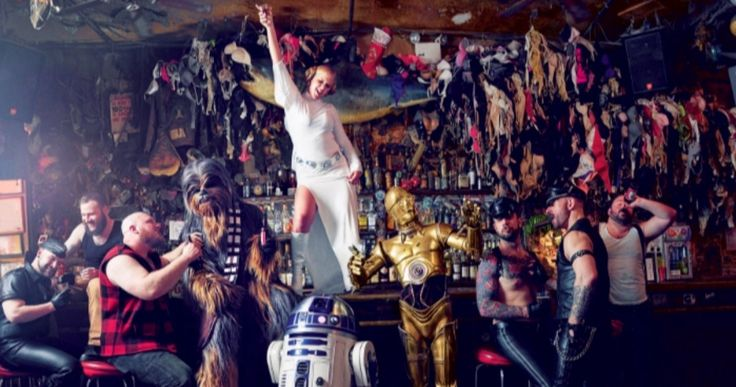 Amy Schumer Parties with Chewbacca & R2D2 in Wild 'Star Wars' Photos -- Comedian Amy Schumer takes Yoda for a ride will kicking it with a couple of Stormtroopers in a new GQ photo shoot. -- http://movieweb.com/amy-schumer-star-wars-photos-chewbacca-r2d2/