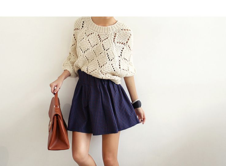 Summer style / Dark blue skater skirt with white knitted sweater.