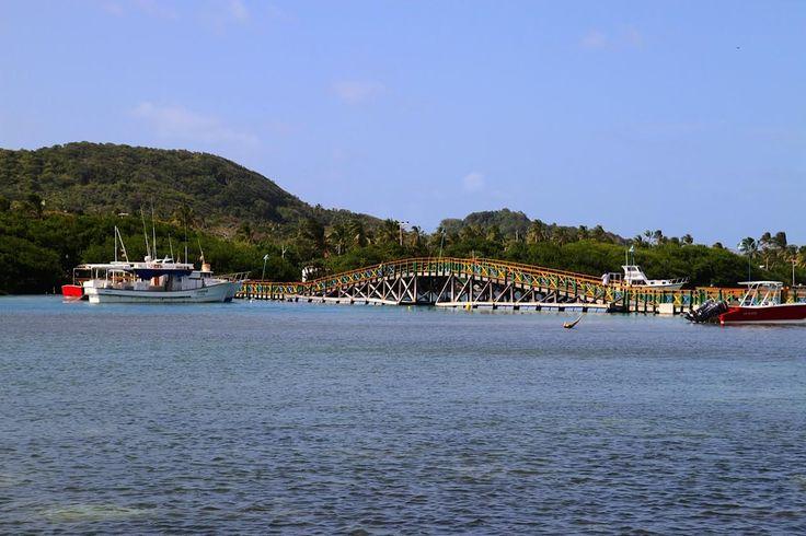 Santa Catalina - Isla de Providencia, Colombia.  Santa Catalina se convierte en una indeclinable invitación al encuentro con la naturaleza, la paz y el silencio. http://www.sanandresislas.com.co/santa-catalina-isla-de-providencia