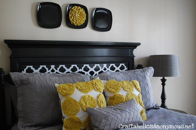 Gray and yellow are so adorable together! @Liz Bird you should do your room like this!
