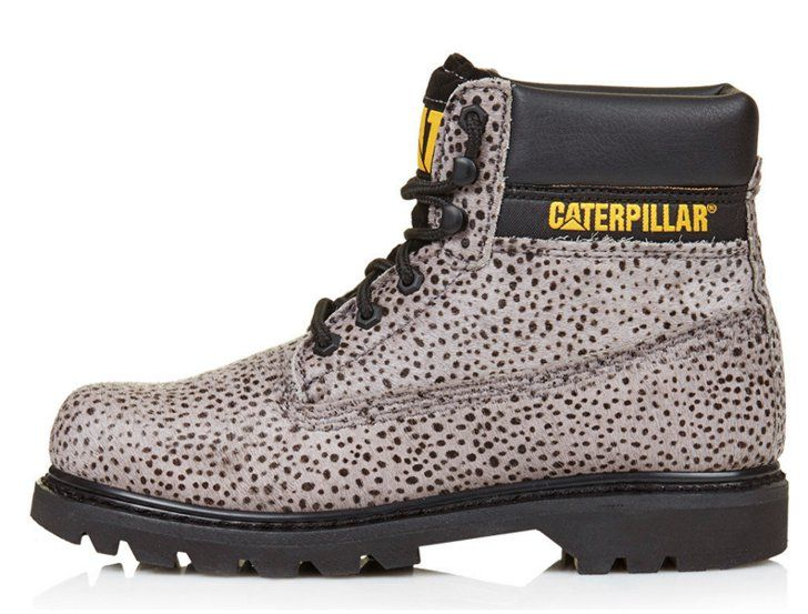 Pin for Later: 80 Gifts to Buy For the 20-Something Lady in Your Life  Caterpillar Colorado Boots (£110)