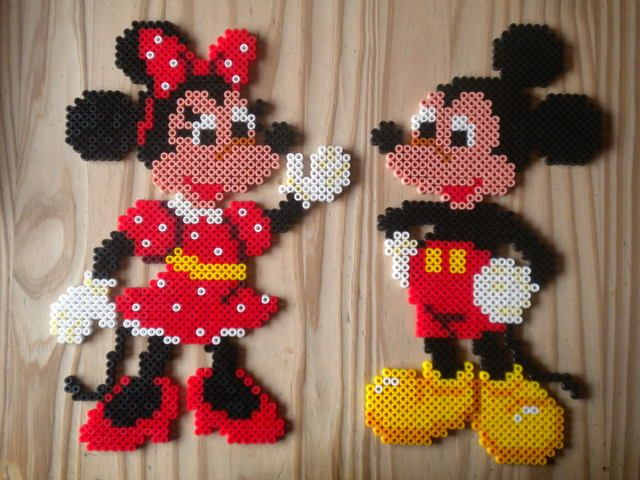 Mickey and Minnie hama perler by Creablog Valerie
