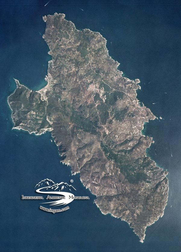 Isola del Giglio   #TuscanyAgriturismoGiratola