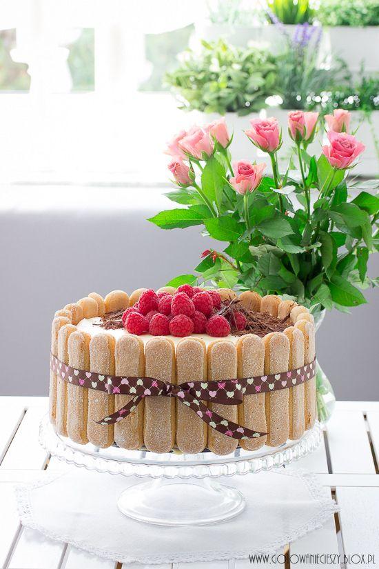 Tort Tiramisu z malinami - przepis