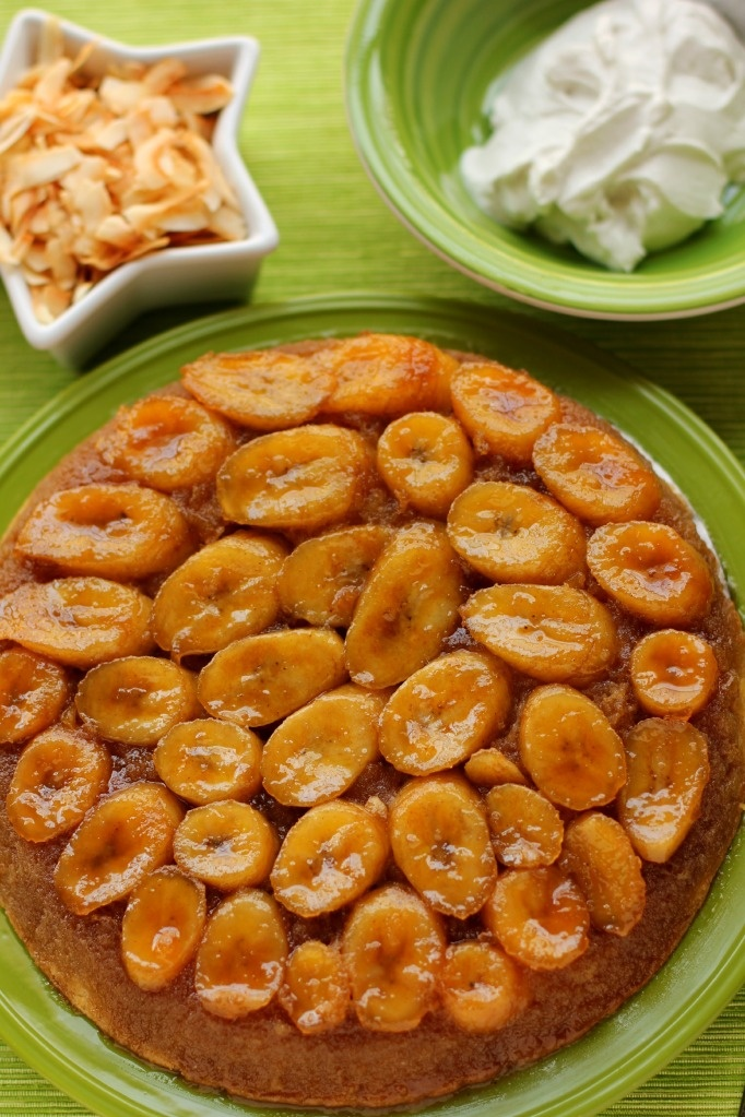 Caramelized Banana Upside-Down Coconut Cake & Coconut Whipped Cream: Recipe, Sweet, Coconut Whipped Cream, Upside Down Coconut, Caramelized Bananas, Coconut Cakes, Banana Coconut, Upside Down Cake
