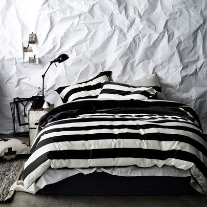 Wide Stripe Creme and Black Double bed quilt cover