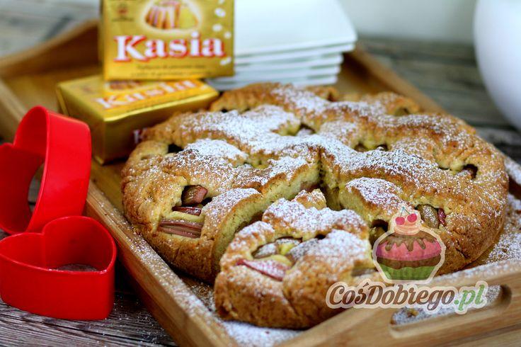 Przepis na Kruche ciasto z rabarbarem https://cosdobrego.pl/przepis-na-kruche-ciasto-z-rabarbarem/