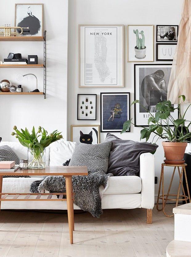 Parede e móveis claros ganham estilo fresh com os acessórios certos