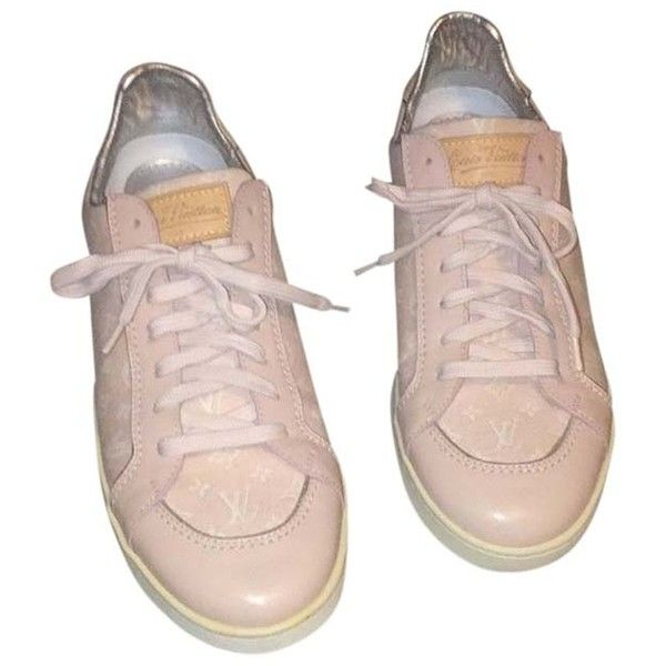 Pre-owned Louis Vuitton Pink Monogram Athletic Shoes (955 BRL) ❤ liked on Polyvore featuring shoes, sneakers, pink monogram, louis vuitton, monogrammed shoes, pink shoes, pre owned shoes and louis vuitton shoes