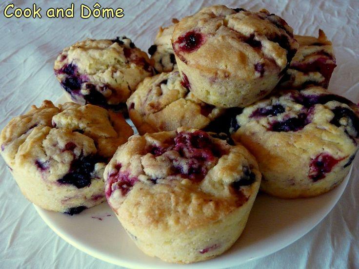 Des muffins végétaliens tout ensoleillés, à la fois moelleux et sablés grâce à la farine de lupin. A tester de toute urgence !