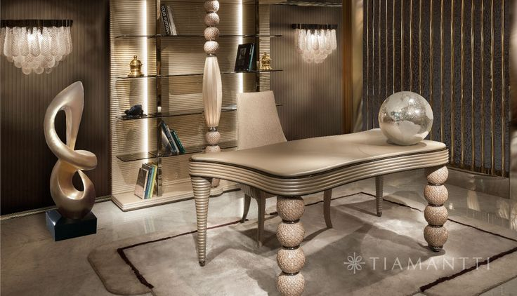 Keizer mantel geïmporteerde Italiaanse meubels. Mix van grote mode, luxe auto's op het breukvlak meubels, designmeubels, kindermeubilair en andere