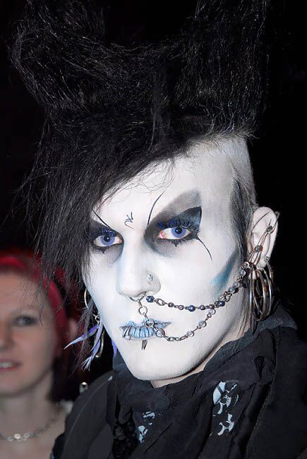 Létain - Goth subculture - Wikipedia, the free encyclopedia