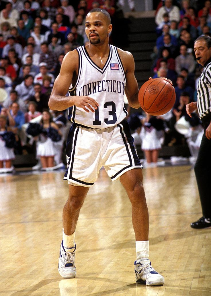 50 Greatest UConn Men's Basketball Players: 10-1 | SportzEdge | Page 2