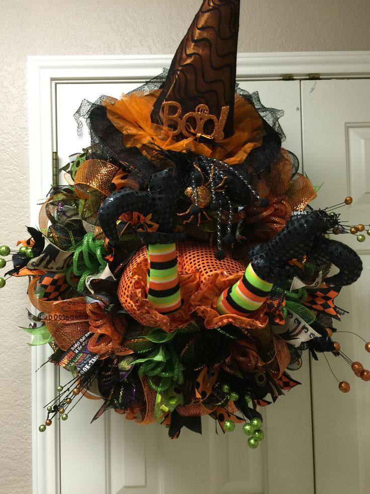 Witch in the door deco mesh wreath by Twentycoats Wreath Creations (2015)