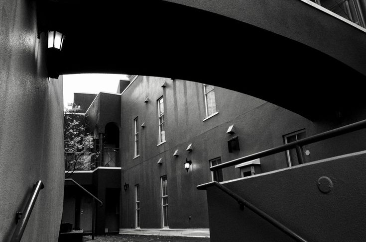 Passageway in New Westminster, B.C. Click image to enlarge.