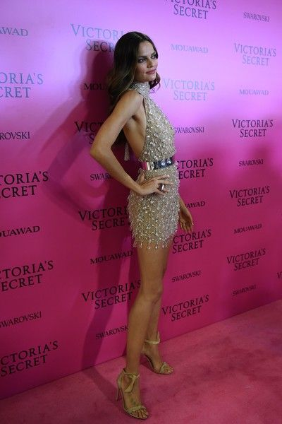 Barbara Fialho Photos - Brazilian model Barbara Fialho poses as she arrives for the after party for the 2017 Victoria's Secret Fashion Show in Shanghai on November 20, 2017.  / AFP PHOTO / Chandan KHANNA / RESTRICTED TO EDITORIAL USE - 2017 Victoria's Secret Fashion Show in Shanghai - After Party
