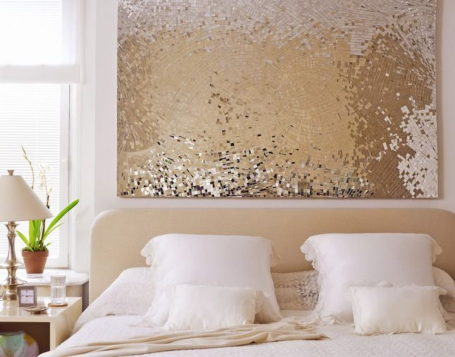 Ah, sparkly. Using sequins in your wall art is one simple and sophisticated way to incorporate shine into your life. Plus, it could make for a simple and fun DIY project. (via Jen Fong)