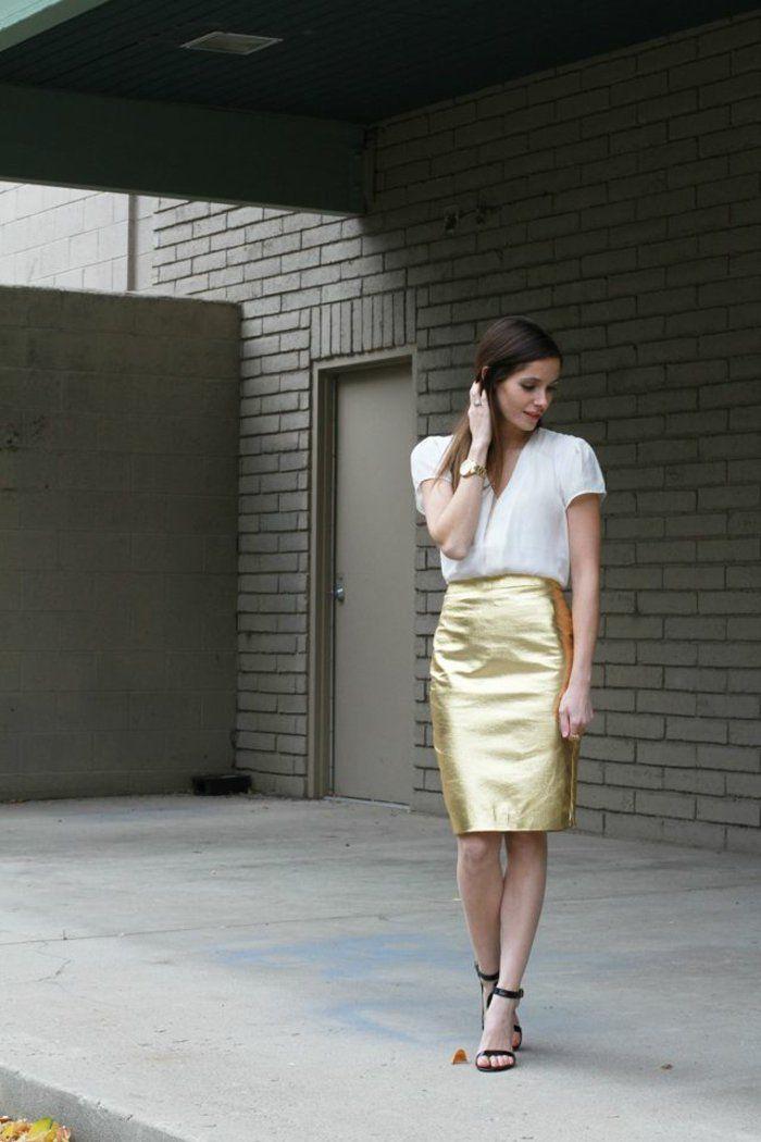 la jupe crayon toujours à la mode, femme moderne avec cheveux mi-longues, style street