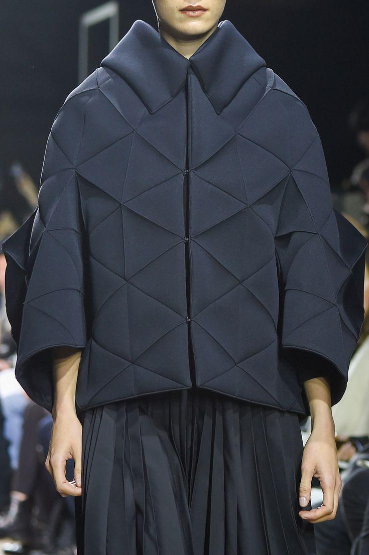 128 details photos of Junya Watanabe at Paris Fashion Week Fall 2016.